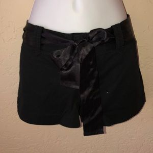 EXPRESS black shorts w/ satin belt- New! 6